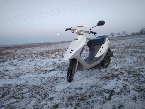 Продам скутер Хонда Діо 27 потрібні гроші!
