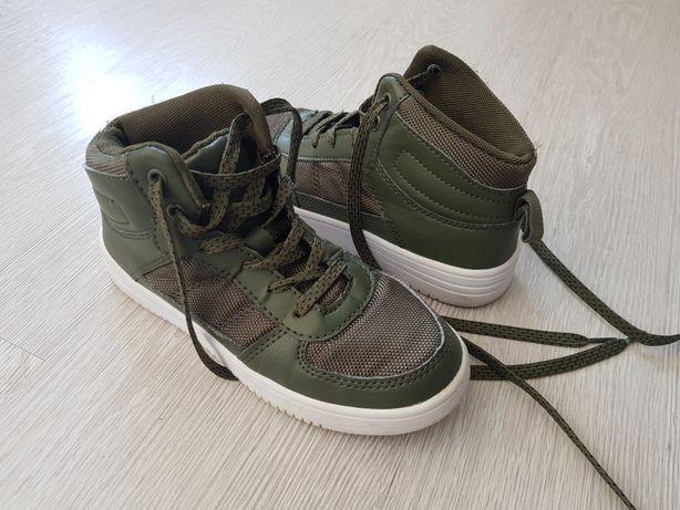 Buty sportowe z wysoką cholewka Malo używane rozmiar 33 chłopięce