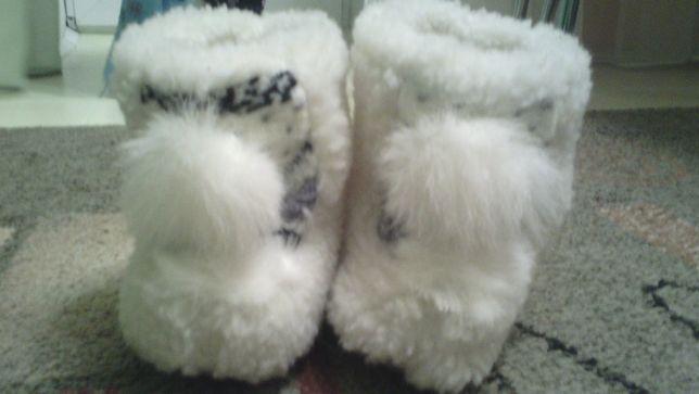 теплі валянки,чобітки