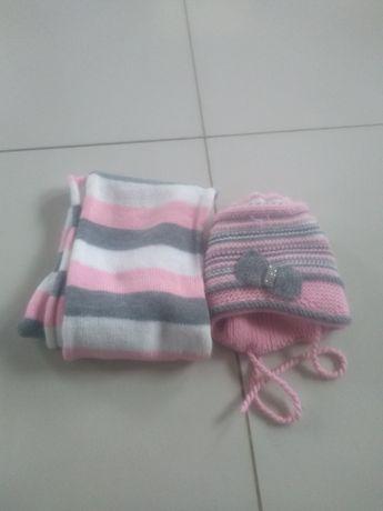 Komplet czapka i szalik zimowy