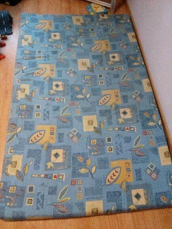 Materac wymiary 120 cm x 200 cm drugi materac 187 cm x 135 cm jak nowy