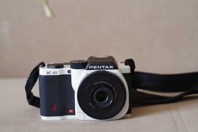 Продам Pentax K-01 kit DA 40mm/2.8 XS