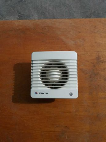 Продам вытяжной вентилятор