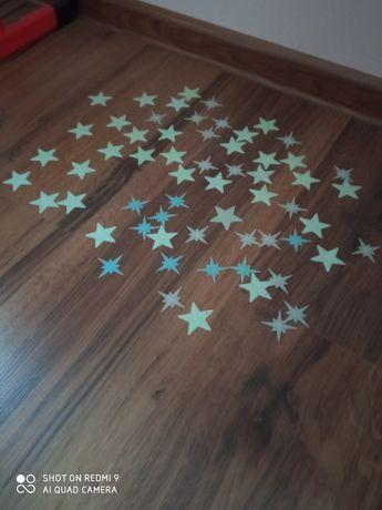 Gwiazdki świecące w ciemnościach