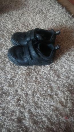 Ботиночки шкиряни  24 розмир