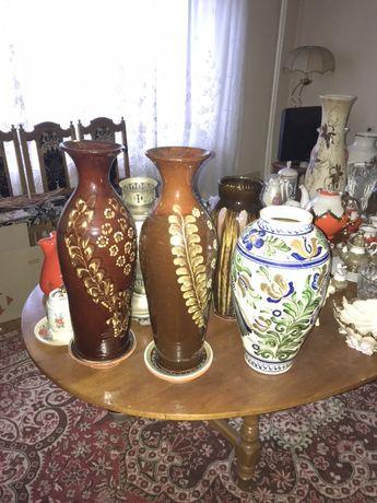 Старинні розписані вази