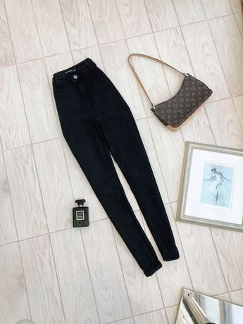Женские джинсы с высокой посадкой PrettyLittleThing