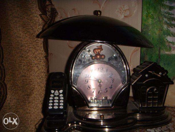 Продам хорошую установку 2 в 1: телефон и часы.