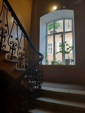 Продам комнату в квартире на Екатерининской