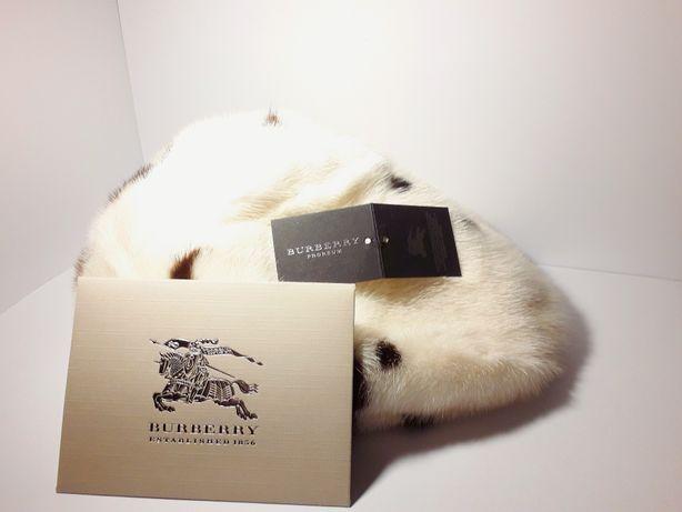 Czapka zimowa z limitowanej kolekcji Burberry the F/W11 collection