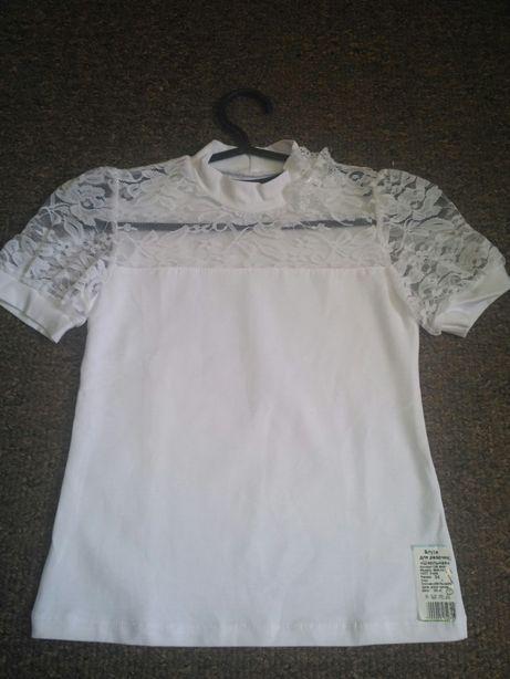 Блузка белая на девочку р.34