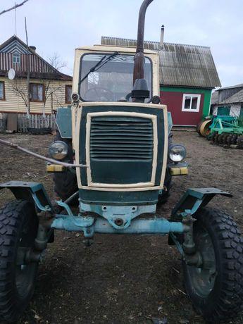 Трактор ЮМЗ 6.На ходу.в