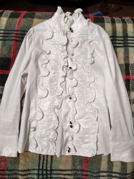 Пролам блузку в школу на девочку