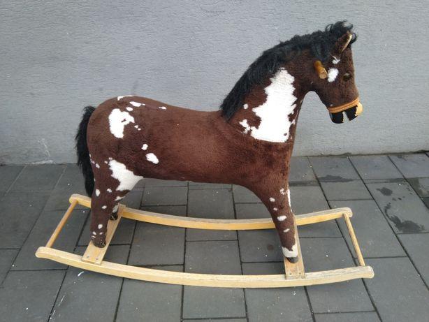 Konik na biegunach koń bujak zabawka