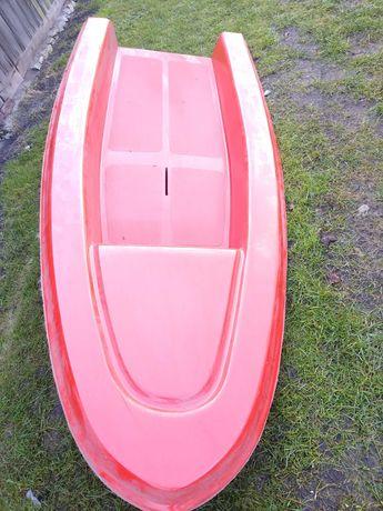 Łódka żaglówka do dokończenia
