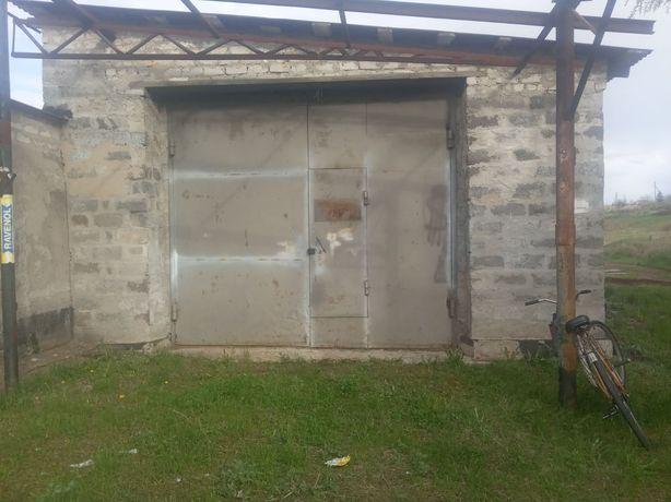 Срочно продам 2 гаража