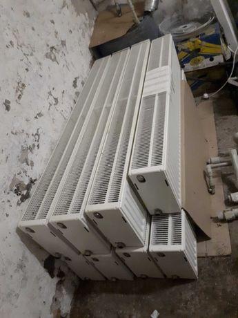 Продам радиаторы отопления стальные 1600х300х155  (тип) 33