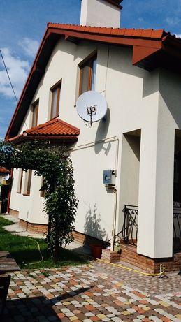 Якісний будинок котеджного типу з чудовим ремонтом в елітному районі!