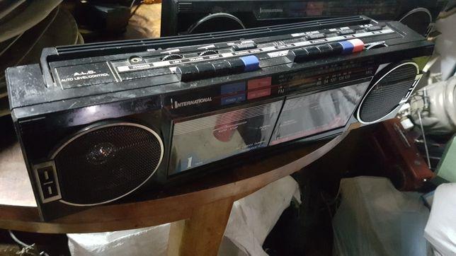 PRL Stare Radio International Ak-21 2 sztuki