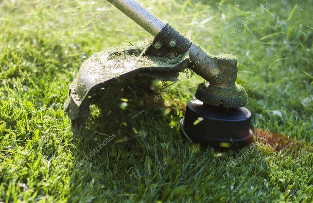 Koszenie trawy przecinka gałęzi odchwaszczanie trawników