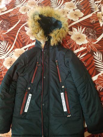 Куртка зимняя.  В отличном состоянии