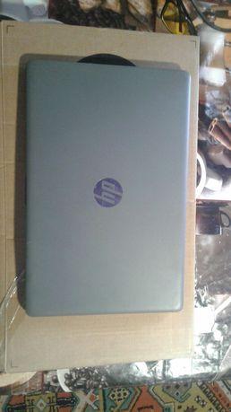 Ноутбук HP 15-da0233ur
