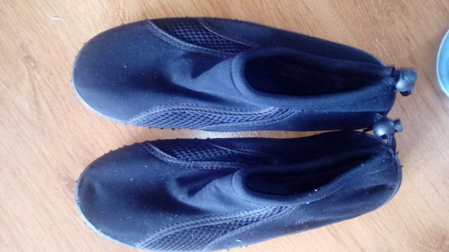 Buty do wody kąpielowe 39