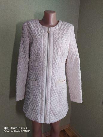 Пальто, куртка Moncler