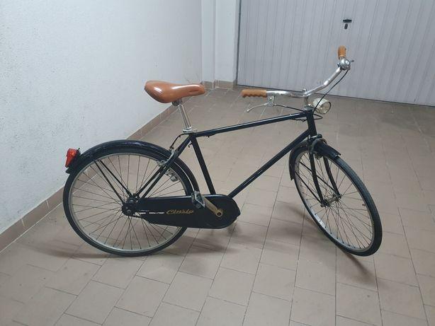 Vendo Bicicleta Pasteleira  antiga