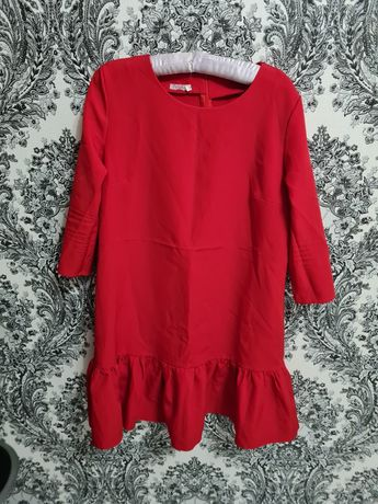 Красное женское платье. Нарядное платье . Размер М