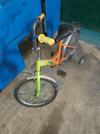 Велосипед детский колеса на 18