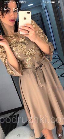 Платье мини с кружевом
