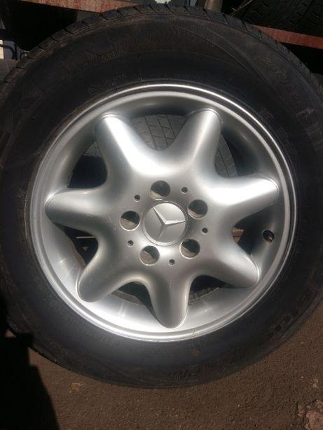 Комплект дисков R15 Mercedes 6Jx15H2 ET31 5х112 оригинал 2034010002