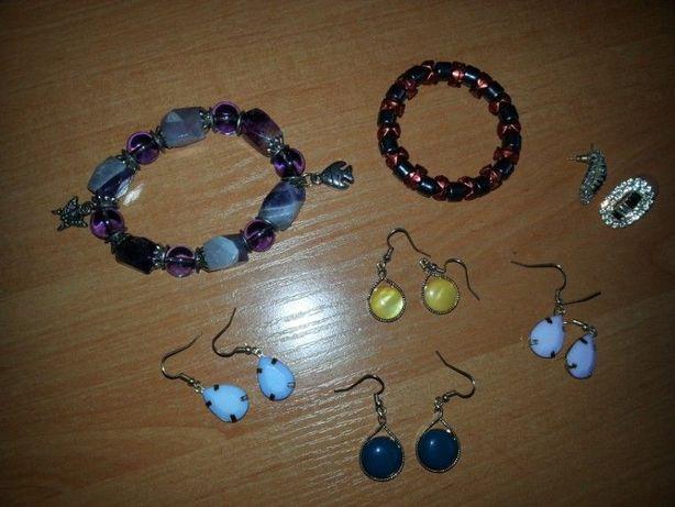 zestaw biżuterii, kolczyki, bransoletki