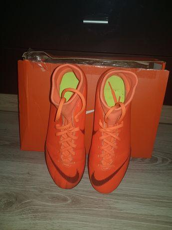 Buty piłkarskie Nike Mercurial Superfly na hale rozmiar 43