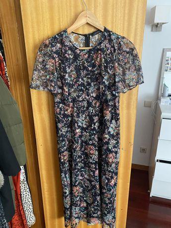 Vestido clássico florido zara