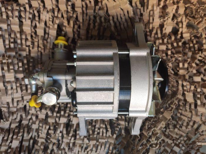 Генератор Bosch 2.3 diesel Omega A Frontera A Rekord новый Фонтанка - изображение 1