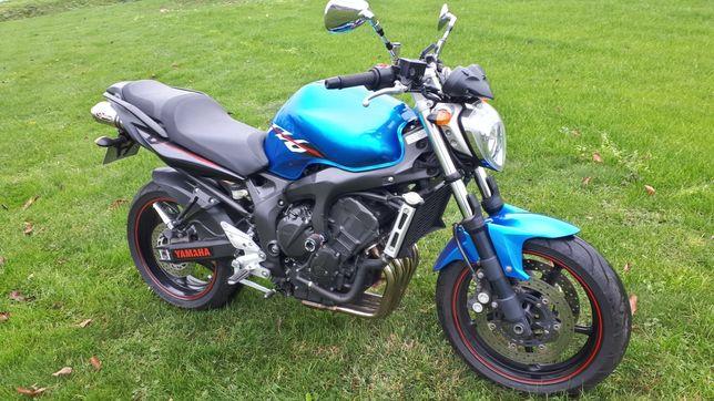 Yamaha FZ6 S2 600 akrapović