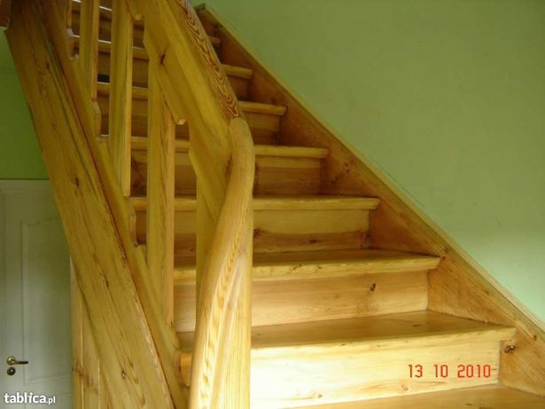 Renowacja;schodów,drzwi i futryn drewnianych.Cyklinowanie podłóg.