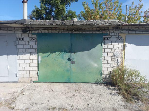 Здам в аренду гараж в Украинке ГК Погребок с 1.10