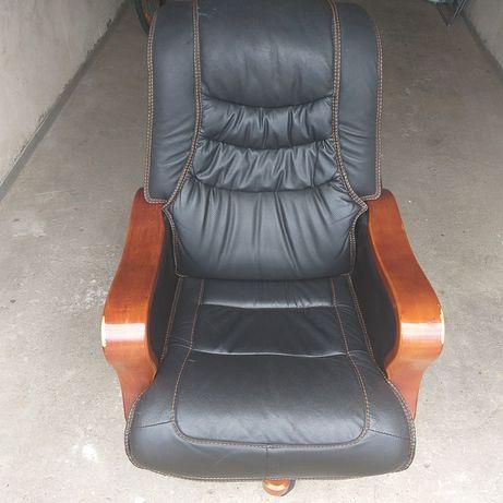 Duży fotel biurowy Exclusive Vintage, skórzany z regulacją.