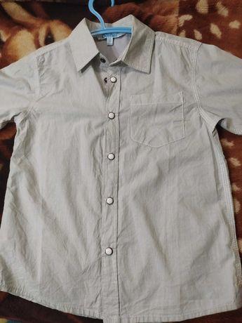 Рубашка на мальчика 5-6 лет новая