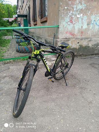 Продам горный велосипед titan,титан