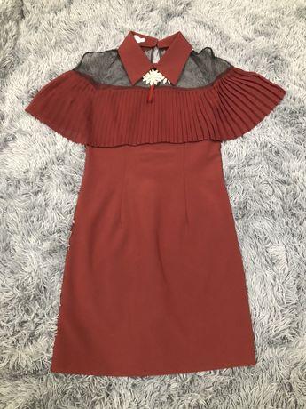 Бордове плаття