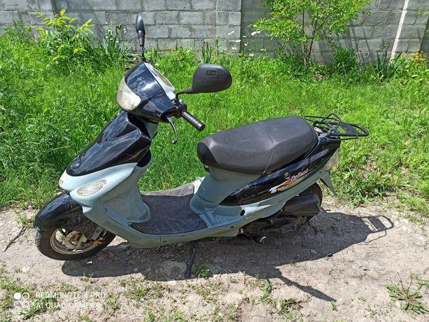 Продам скутер в хорошем состоянии с родным пробегом 8000 км.