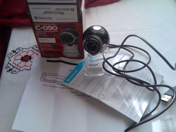 Вебкамера Defender C-090