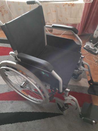 Wózek inwalidzki praktycznie nowy