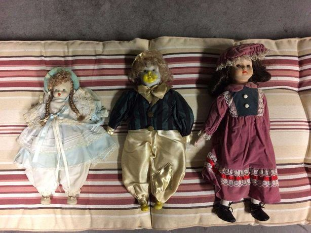 Vendo conjunto de 3 bonecas em porcelana