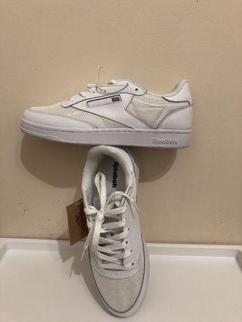 Продам нові кросівкі Reebok