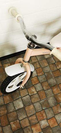 Bicicleta sem pedais +capacete